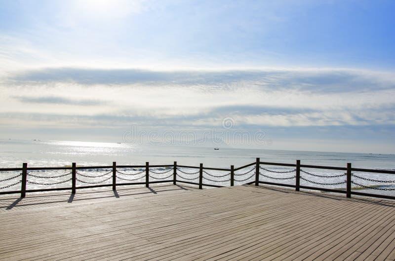 由海的一个消遣区域 图库摄影