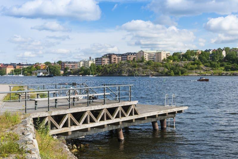 由水的斯德哥尔摩:在Gröndal的看法 免版税库存照片