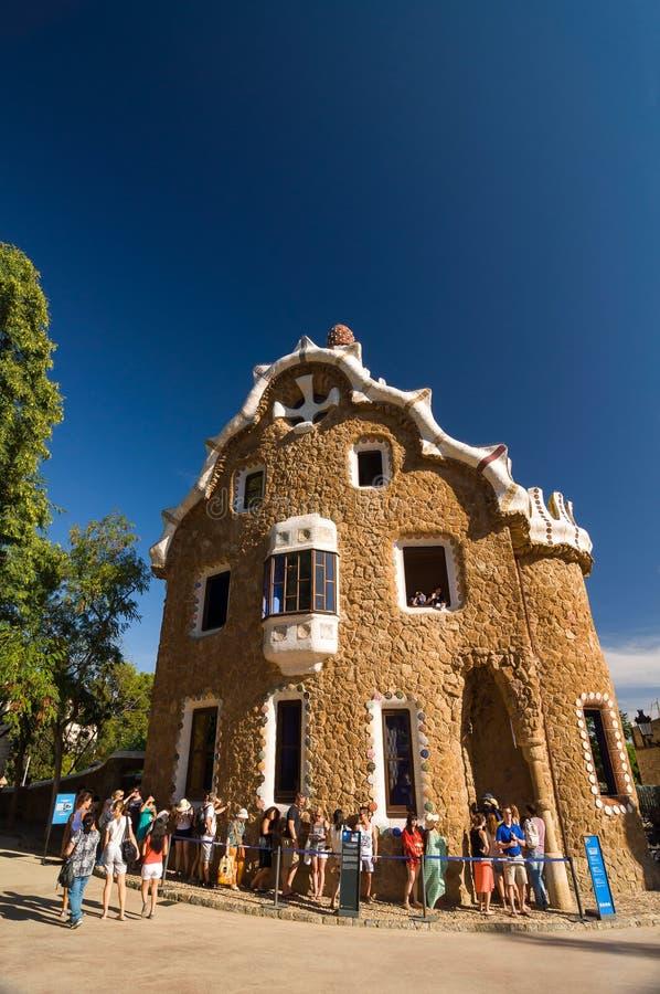 由建筑师安东尼Gaudi停放Guell在巴塞罗那,卡塔龙尼亚,西班牙 免版税图库摄影