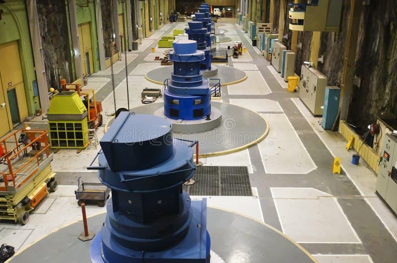 电与氢结合的工厂 免版税库存图片