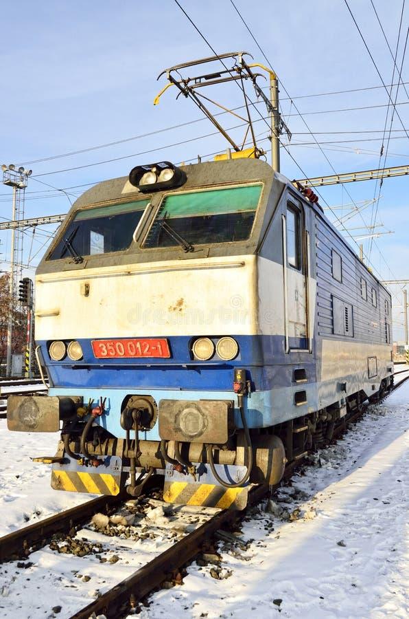 电力机车在布拉格 免版税库存图片