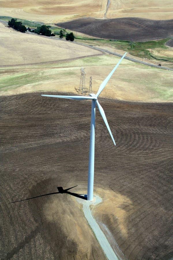 电力风车 免版税库存图片