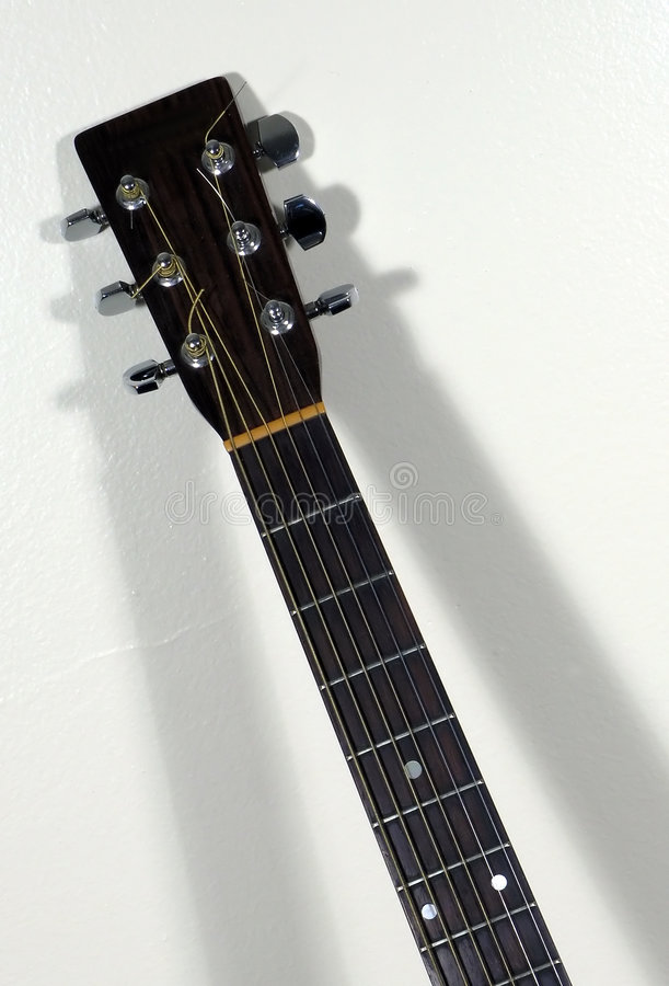 Download 电吉他脖子 库存图片. 图片 包括有 声音, 影子, 木头, 字符串, 脖子, 吉他, 特写镜头, 仪器, 音乐 - 181415