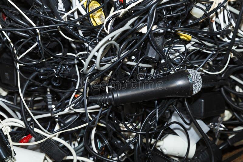 电子小块被卷入的堆  免版税库存照片