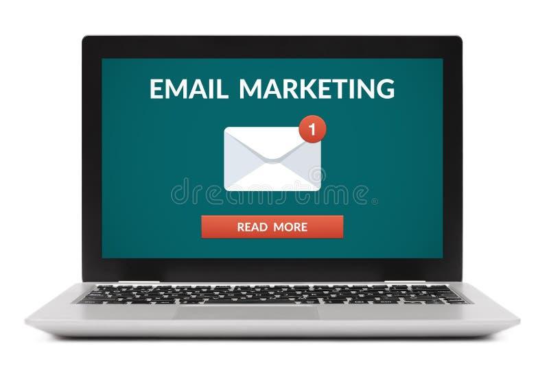 电子邮件在便携式计算机屏幕上的营销概念 免版税图库摄影