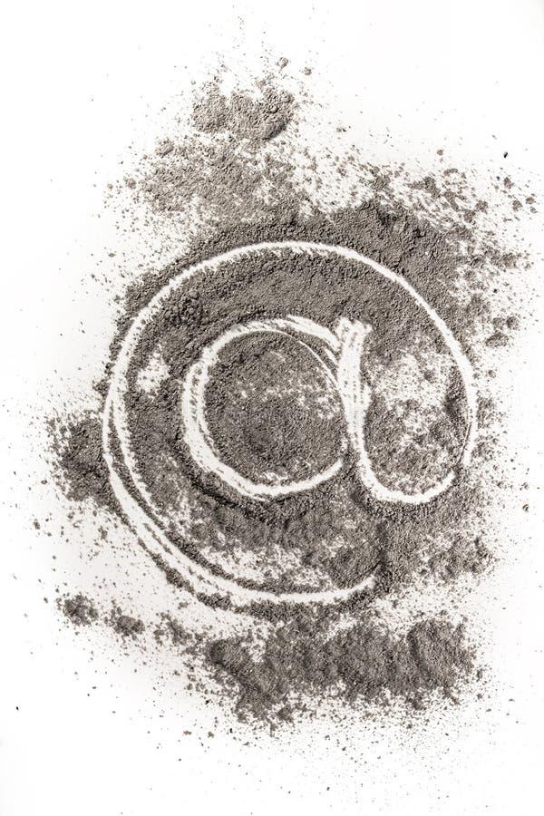 电子邮件标志在灰的象图画作为老技术 图库摄影