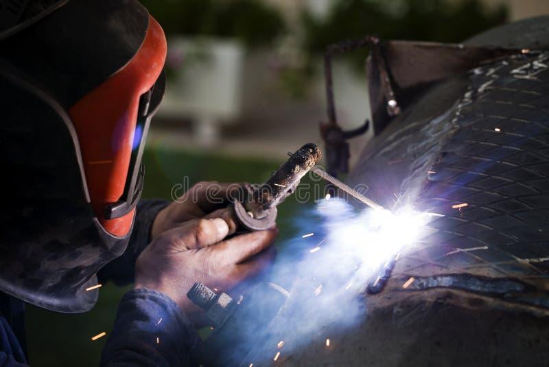 电弧焊接 免版税图库摄影