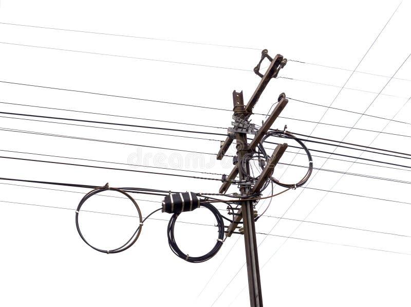 电杆由木头制成和钢为安装新的缆绳与 免版税库存图片
