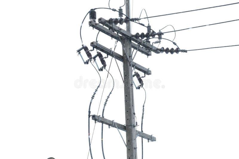 电概念:电岗位、输电线缆绳和绝缘体 免版税图库摄影