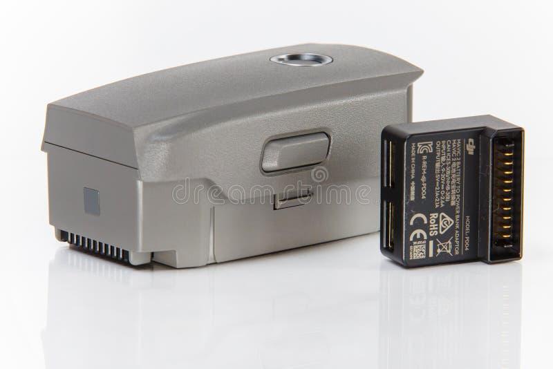 电池和力量银行适配器特写镜头 Mavic赞成2成套工具元素 库存图片