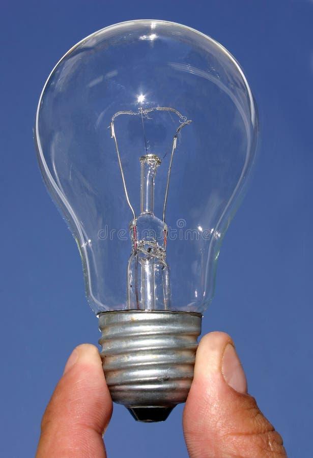 Download 电灯泡光 库存图片. 图片 包括有 启发, 浮动, 计划, 天空, 想法, 会议, 认为, 装箱的, 来源, 蓝色 - 179763