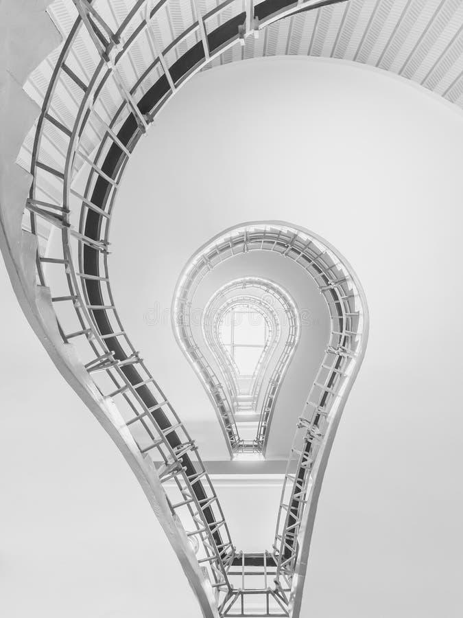 电灯泡形状的立体派楼梯 图库摄影