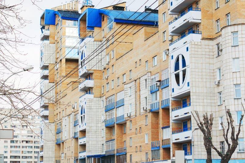 电烫,俄罗斯- 2014年4月25日:居民住房 免版税图库摄影
