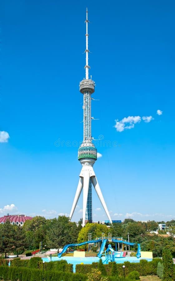 电视塔在塔什干 库存图片