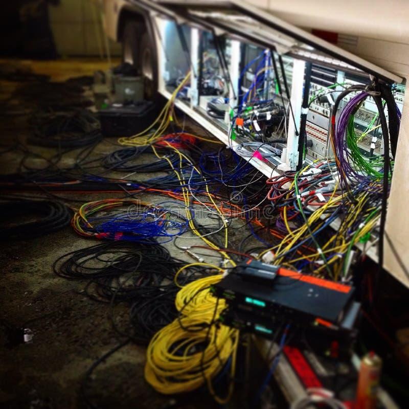 电视生产缆绳混乱 免版税库存照片