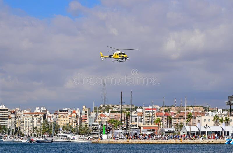电视直升机富豪集团海洋种族阿利坎特2017年 库存照片