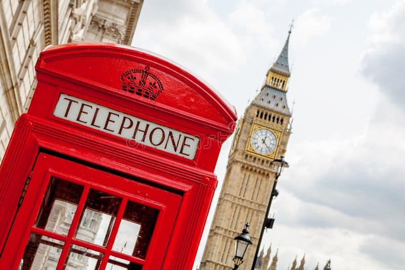 电话亭。伦敦,英国 免版税库存图片