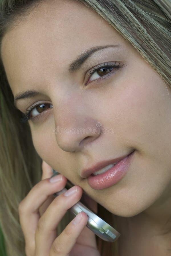 Download 电话妇女 库存图片. 图片 包括有 beautifuler, 电话, 有吸引力的, 女孩, 电池, 表面, 青少年 - 180039