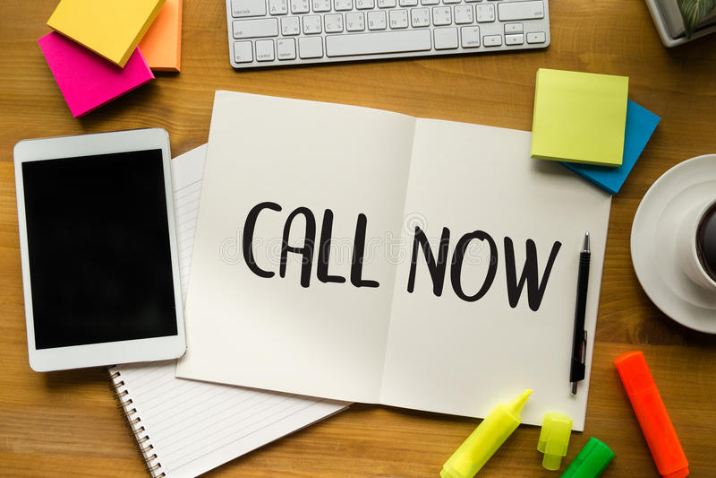电话请现在与我们联系顾客服务支持问题cal 免版税库存照片