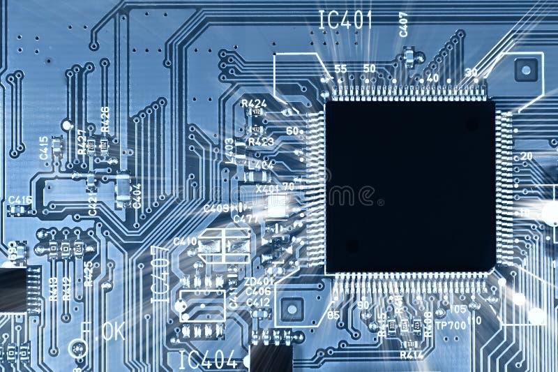 电路微芯片光芒 免版税库存照片