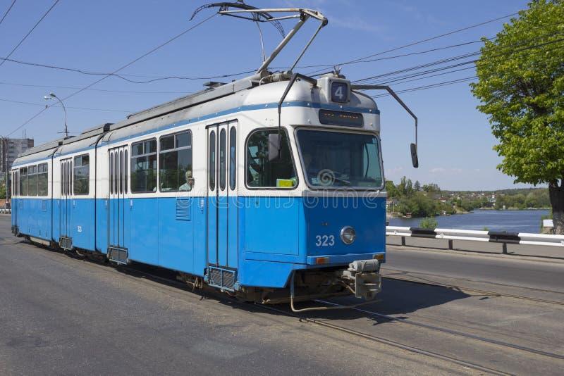 Download 电车在文尼察 编辑类库存图片. 图片 包括有 街道, 旅游, 生态学, 有轨电车, 传统, 都市, 培训 - 72370629