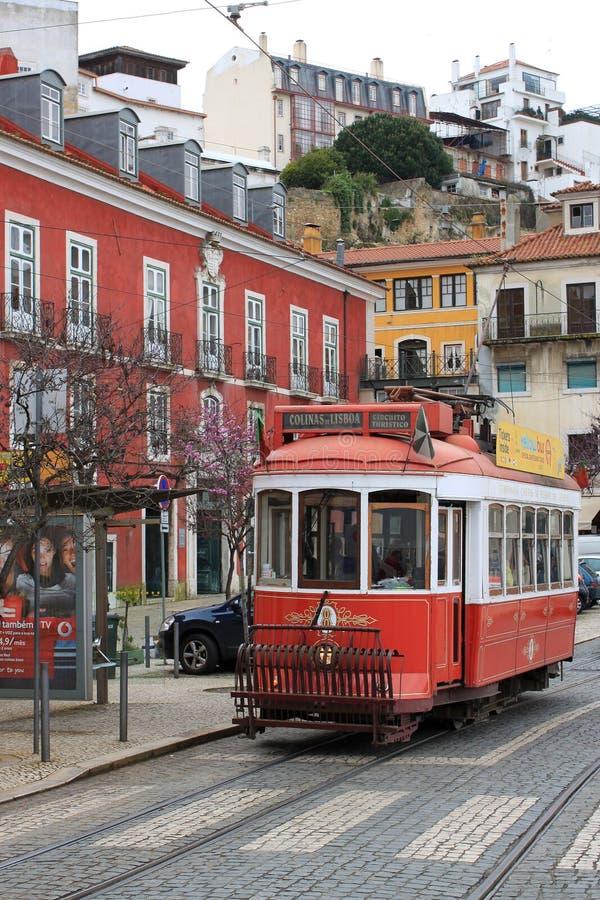 电车在里斯本,葡萄牙 免版税库存照片