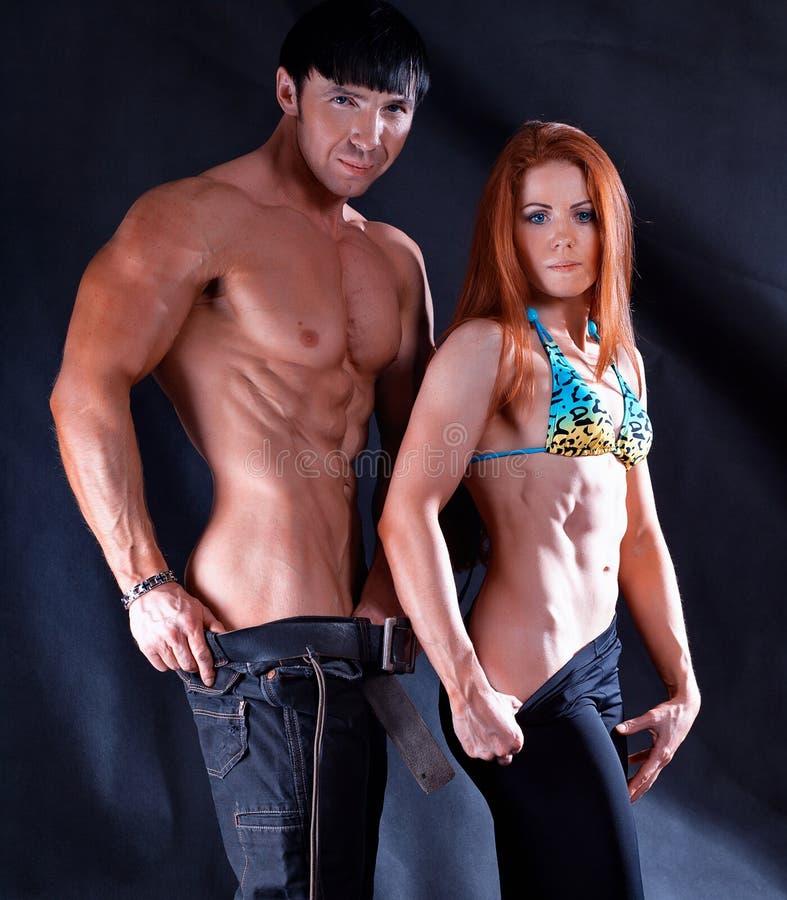 Download 男人和妇女照片在演播室 库存图片. 图片 包括有 肌肉, 夫妇, 脖子, 保镖, 工作室, 摔跤手, 犰狳 - 30338271