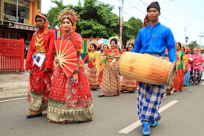 男人和妇女从苏拉威西岛Selatan 库存照片