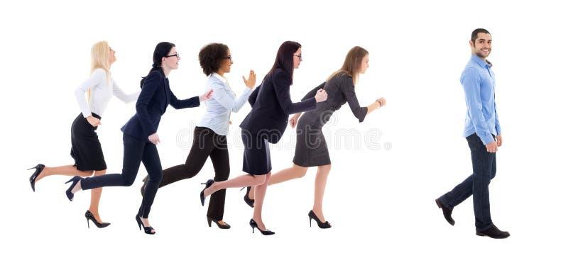 男女平等概念-跑为走的公共汽车的女商人 库存图片