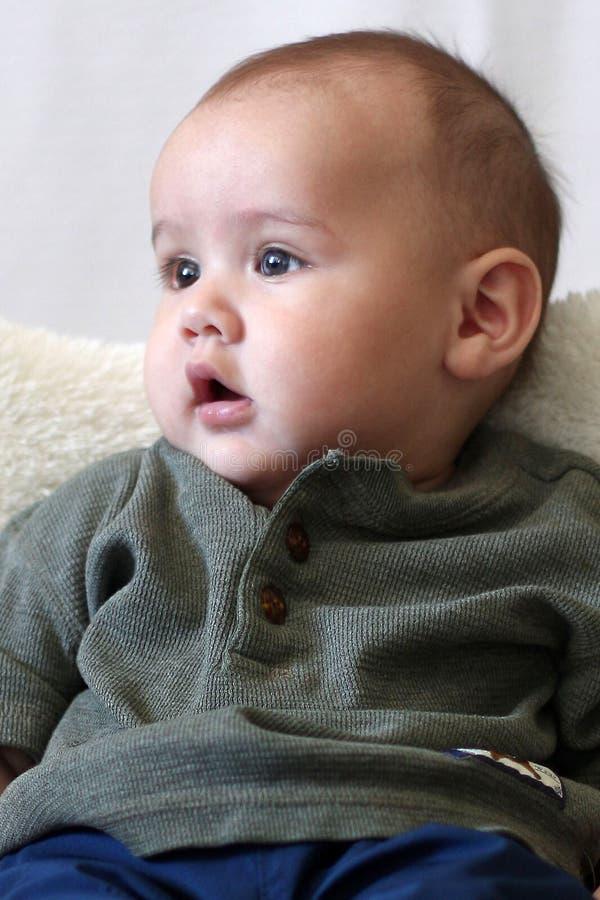 男婴取向纵向垂直 库存照片
