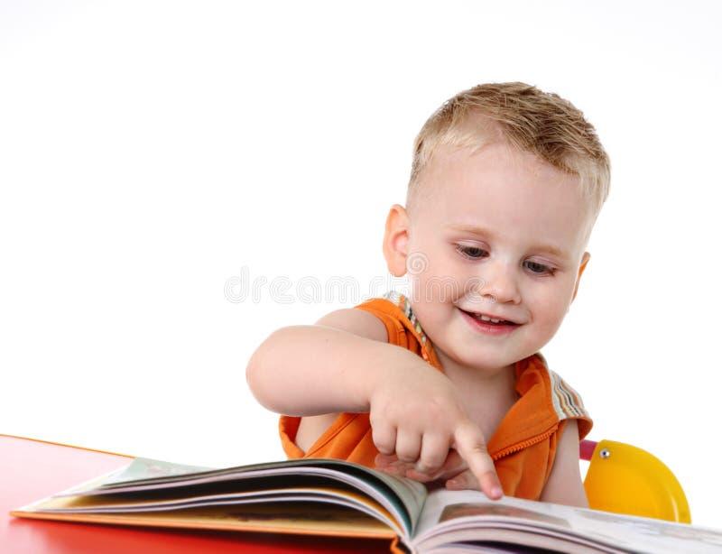 男婴读了研究 免版税库存照片