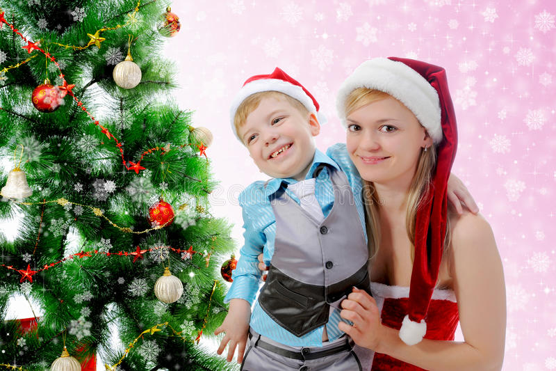Download 男孩快乐的克劳斯帽子圣诞老人 库存图片. 图片 包括有 婴孩, 帽子, 男朋友, 童年, 夫妇, 系列, 盖帽 - 22358279
