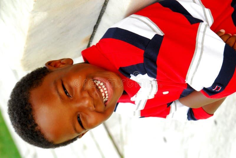 男孩愉快的微笑的年轻人 免版税库存照片