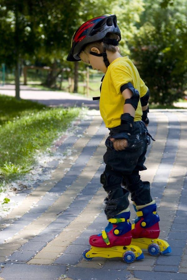 男孩溜冰者 库存照片