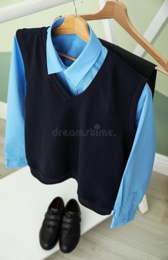 男孩的校服 免版税库存照片