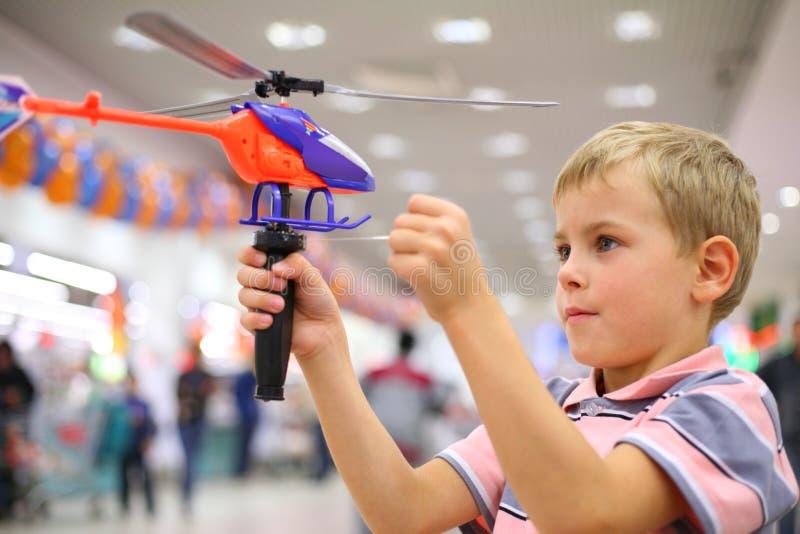 男孩直升机界面玩具 库存照片