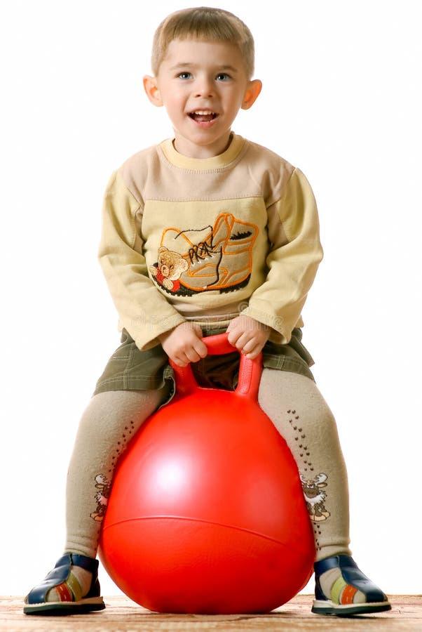 男孩红色范围 免版税图库摄影
