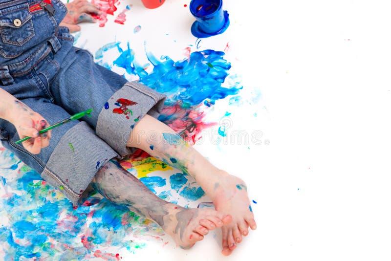 男孩绘画 库存图片