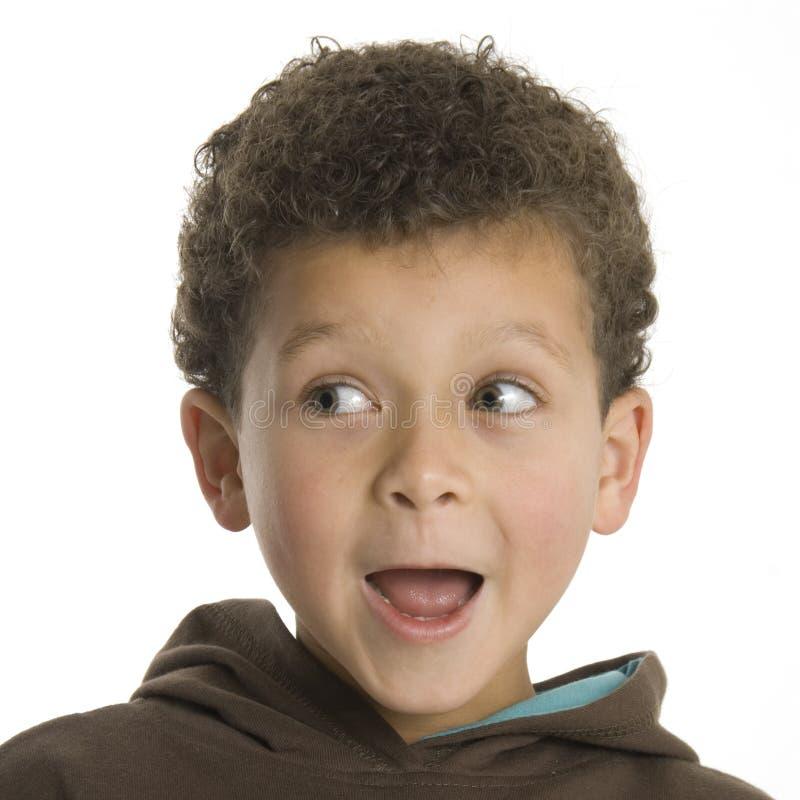 男孩逗人喜爱查找惊奇 免版税库存照片