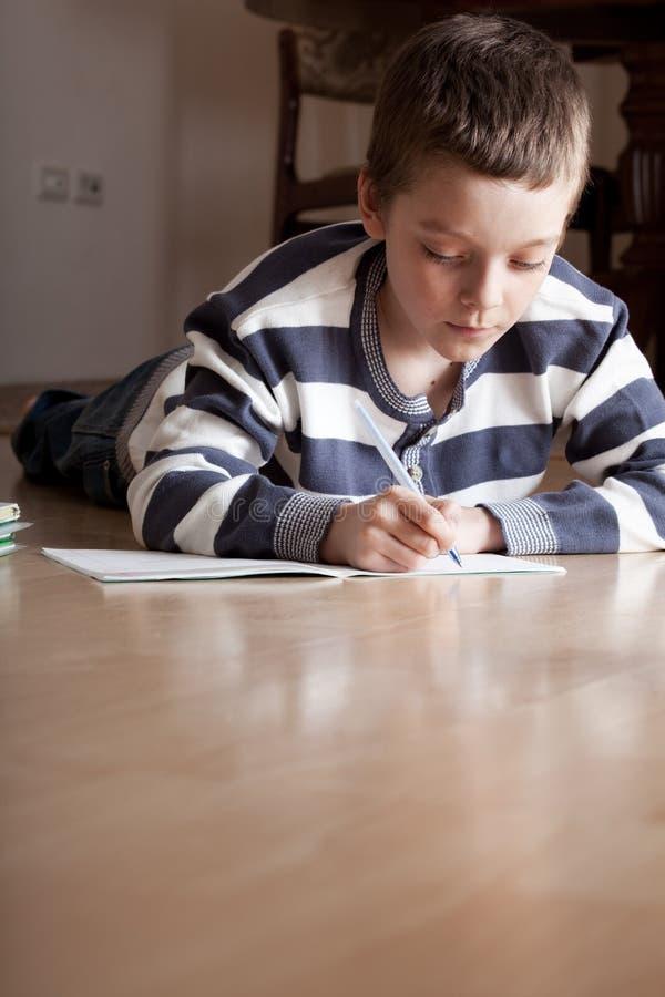 男孩难倒课程位于 免版税库存照片