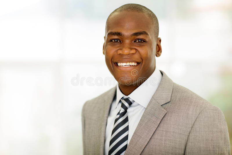 Download 男性公司工作者 库存照片. 图片 包括有 关闭, 雇佣, 事业, 企业家, 查找, 生意人, 纵向, 大使 - 59102682