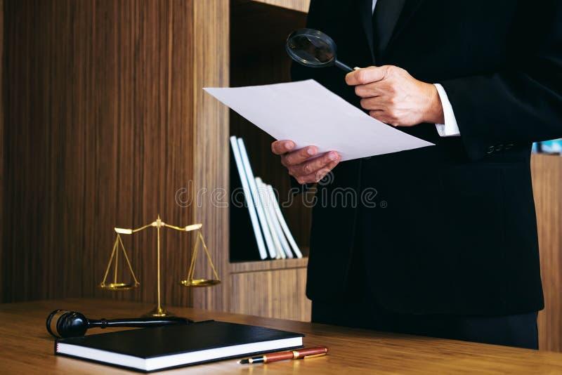 出国读phd是什么意思_出国读法律有用吗_出国读硕士 条件