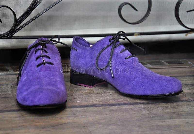 男性时尚鞋子 免版税库存图片