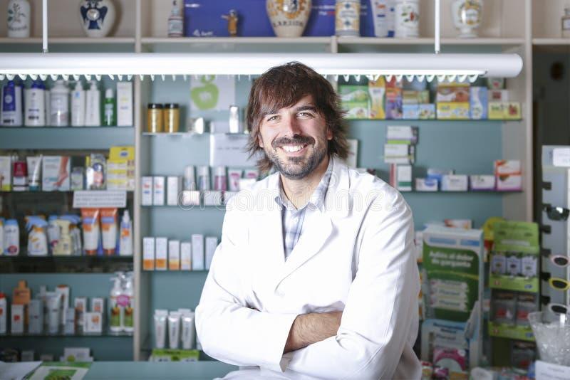 男性药剂师 库存照片