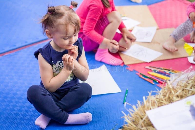 画的孩子使用和 免版税库存图片