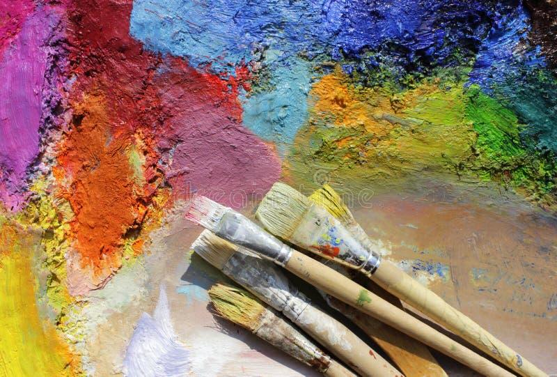 画笔油漆调色板 免版税库存照片