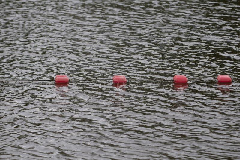 界限标记漂浮海水` s表面上 图库摄影