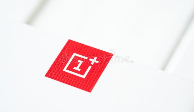 略写法智能手机OnePlus 6 免版税图库摄影