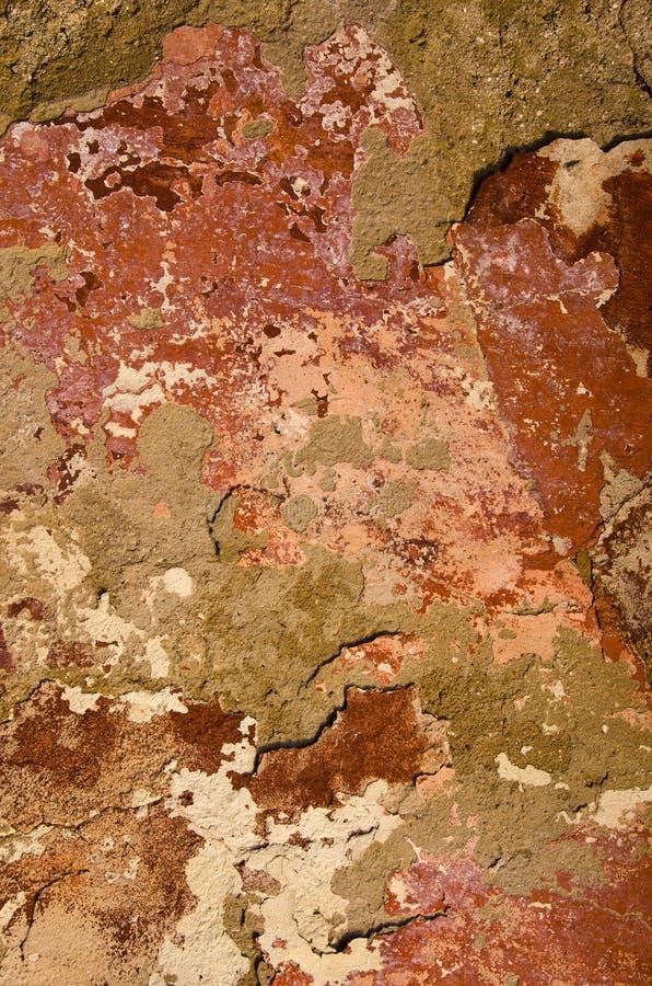 疏松老油漆被绘的墙壁 免版税库存图片
