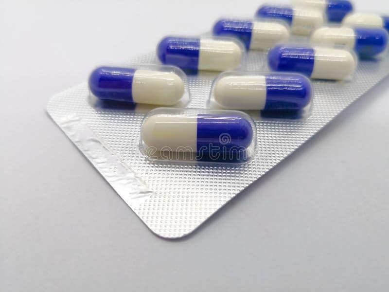 疗程概念 Fluconazole是杀真菌剂的医学,那位ar 免版税库存照片